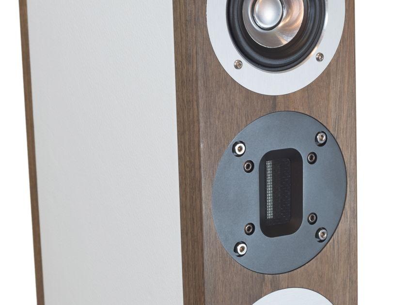 Auris Audio Poison 5  3 way speakers (New)