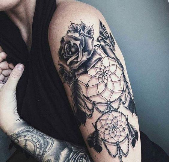 Magazine top 15 des tatouages attrape r ve allotattoo - Signification tatouage attrape reve ...