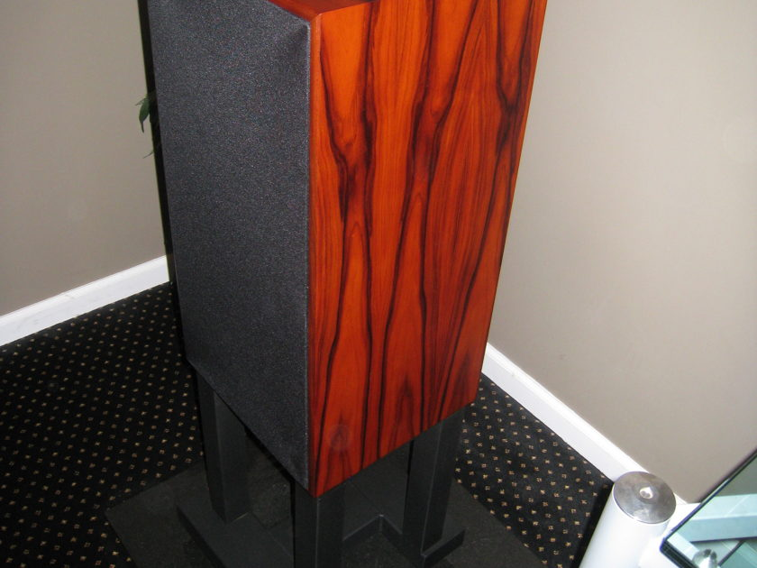 Harbeth  Super HL5 Gorgeous rosewood and as new!