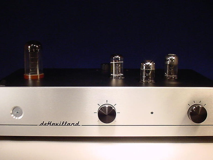 dehavilland Ultraverve 3 Incredible USA point to point tube preamp[