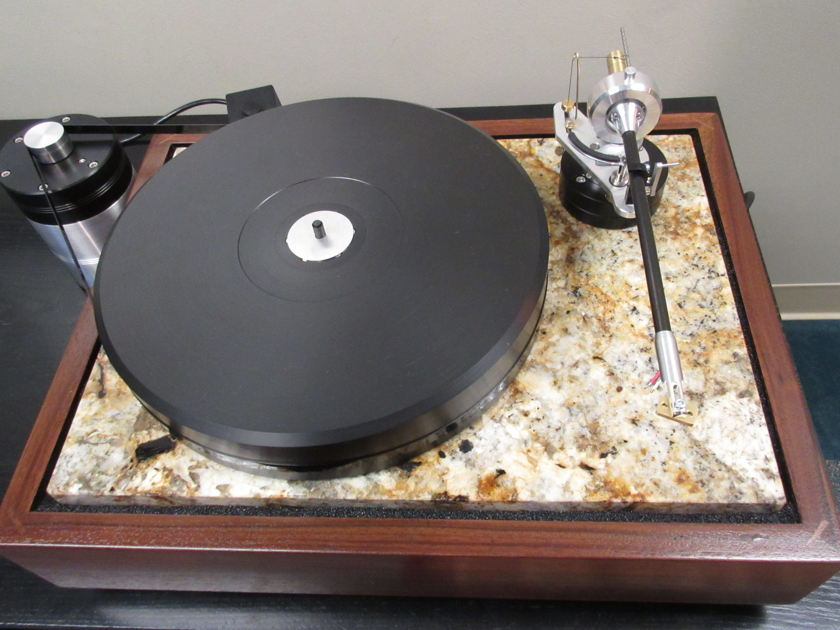 Analogue Artisan GST Turntable