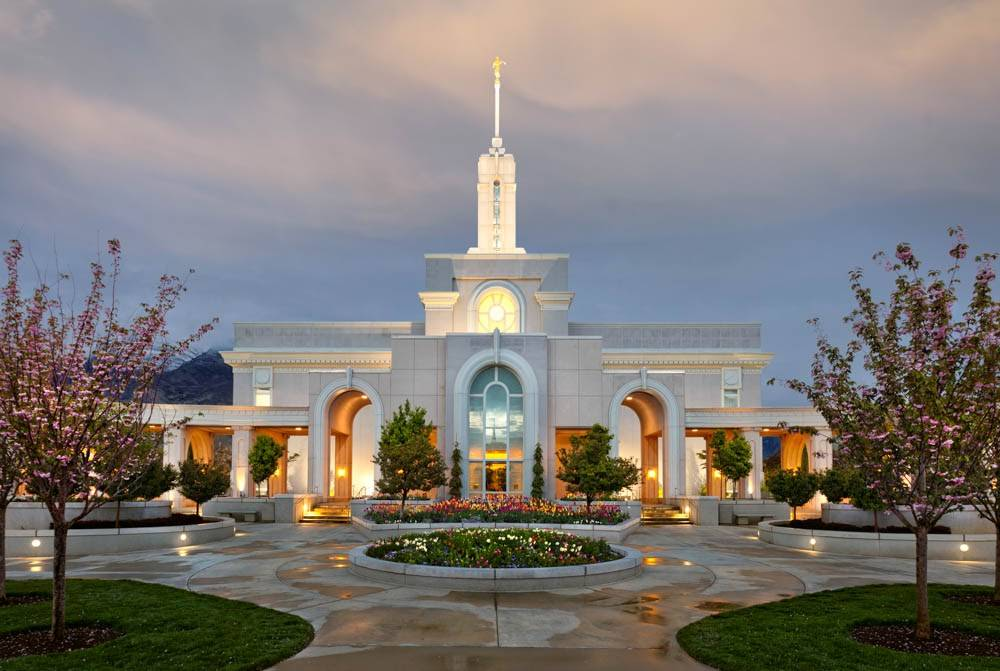 LDs art photo of the Mt Timpanogos Temple during a Springtime evening.