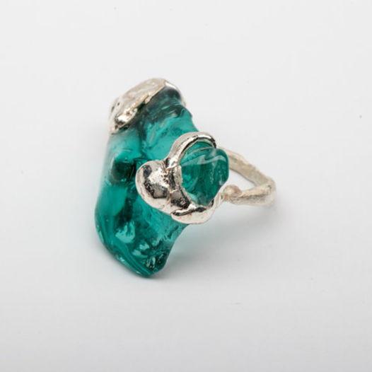 Кольцо из синего стекла Волна