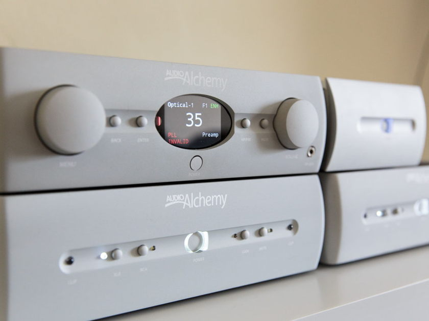 Audio Alchemy DAC/Preamp and Monoblocks DDP-1, 2xDPA-1M + PS-5/6 excellent/ near mint
