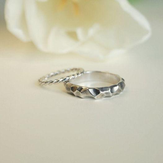 Обручальные кольца «Скала»