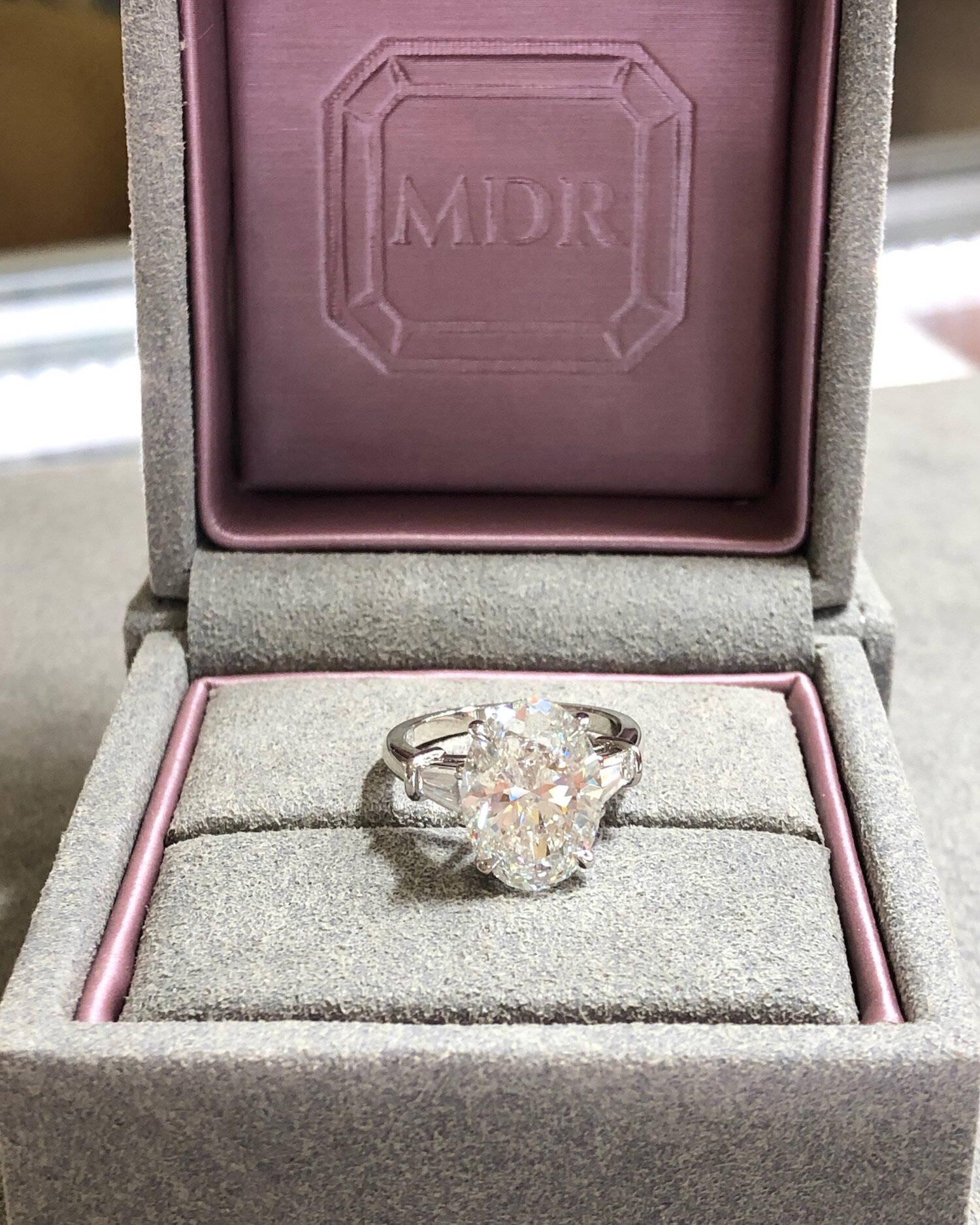 Miss Diamond Ring 5 Carat 6 Carat Oval Diamond Engagement Ring