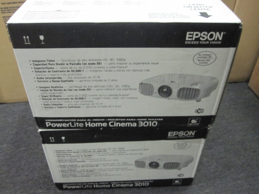 Epson cinema 3010  3D projector Brand New with glasses