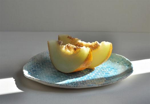 Блюдо сервировочное Голубая мечта.Керамика ручной работы .