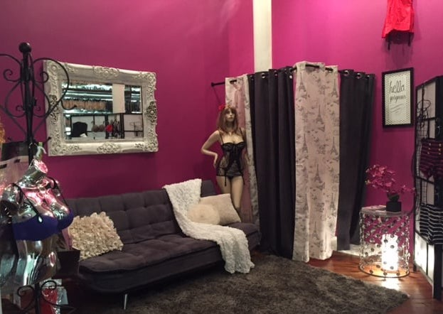 Hourglass Lingerie Baltimore Fitting Room