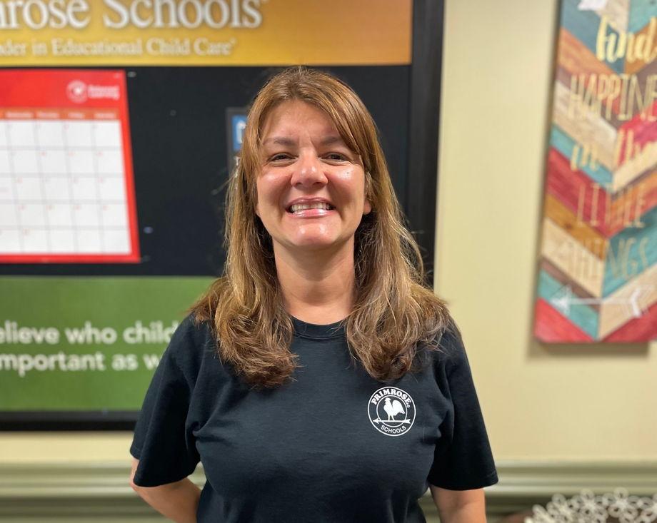 Mrs. Arnelis Cote Perez , Teacher Assistant