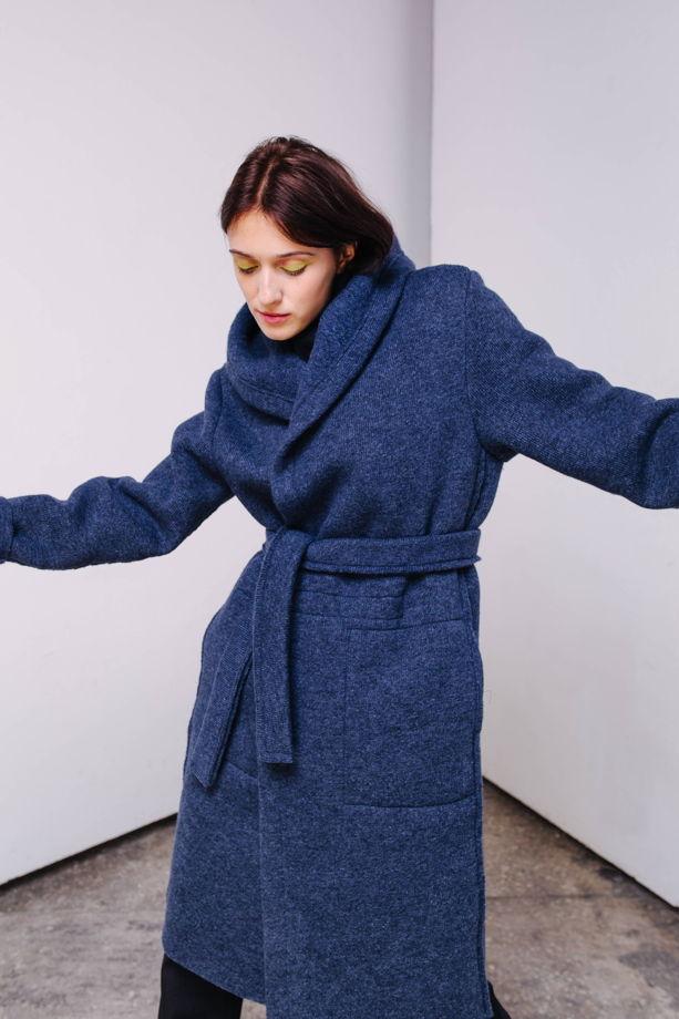 Шерстяное пальто с капюшоном и внутренним жилетом №35