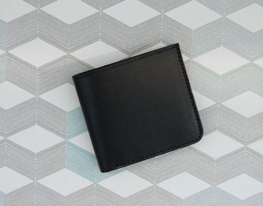 Кожаный черный кошелек Wave Black