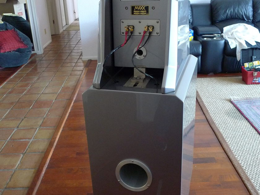 Wilson Audio MAXX Series 2 Loudspeakers