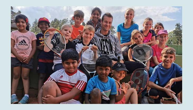 tennisjessen kindergeburtstag spielfeld kinder gruppe
