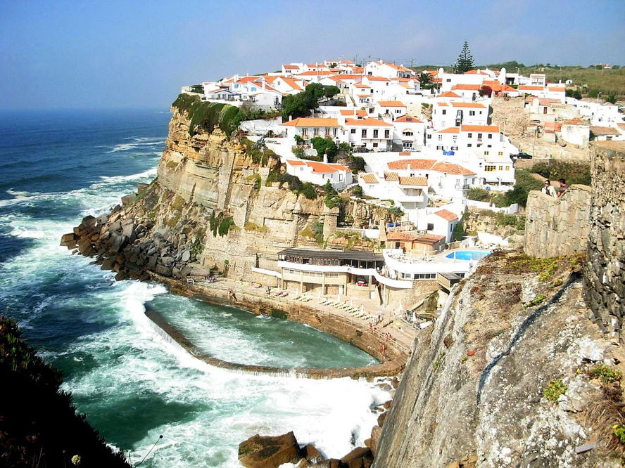 Portugal - AZENHAS DO MAR.jpg