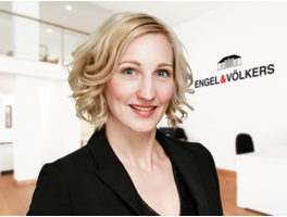 real-estate-agent-tanja-vieth-engelvoelkers-elbe.jpg