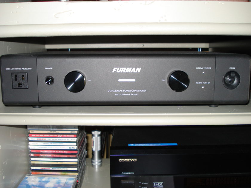 Furman Elite-20PFi Ultra-Linear Filtering AC Power Conditioner