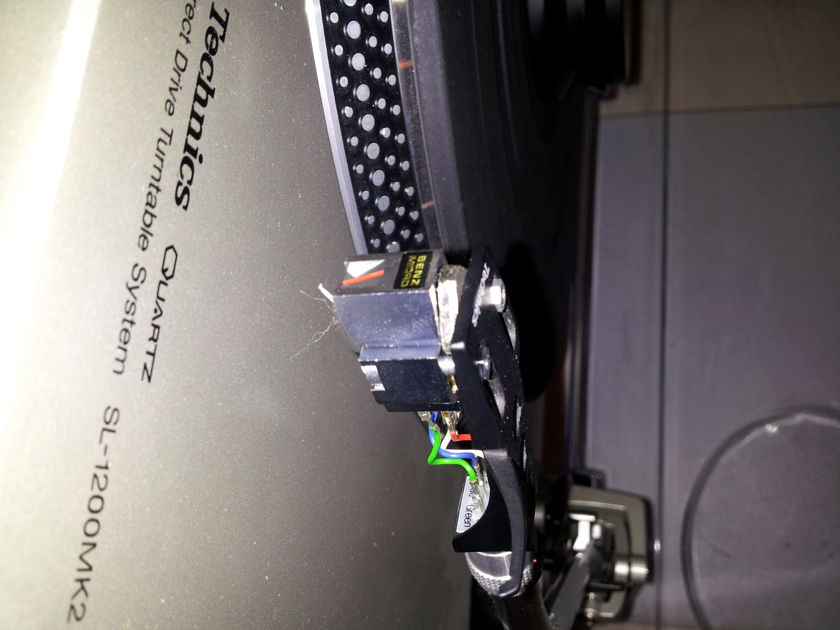 Technics SL1200 MK2 Like New!  A Classic!