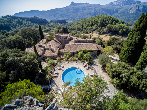 Hanseatic flair and Balearic sun – our property highlights in November