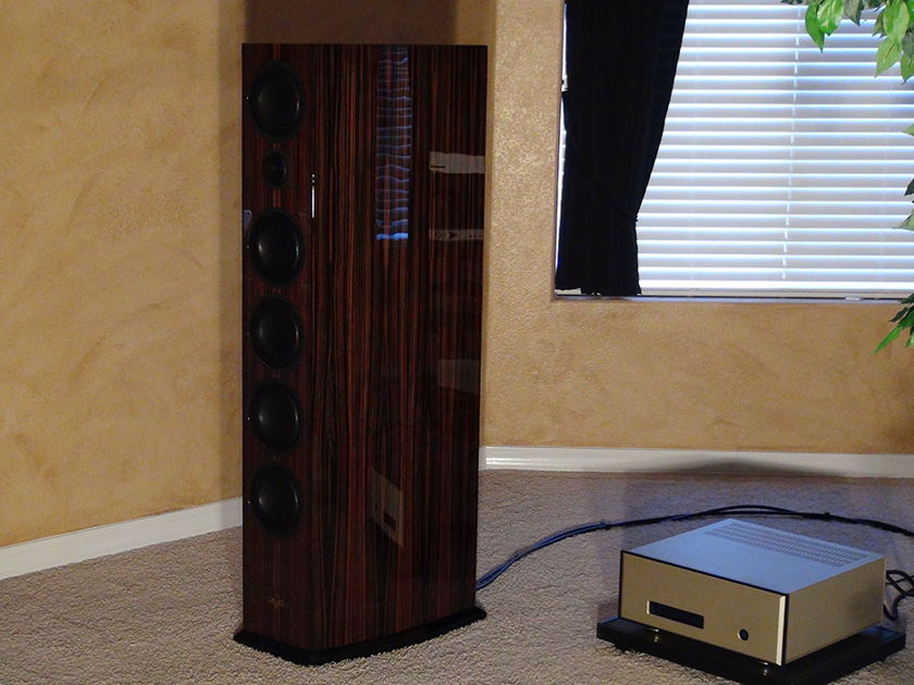 Venture Grand Ulimate II  Reference Speakers