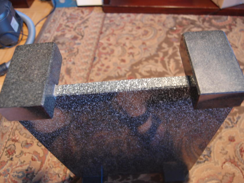 HNE Systems Custom Granite Amplifier Stand