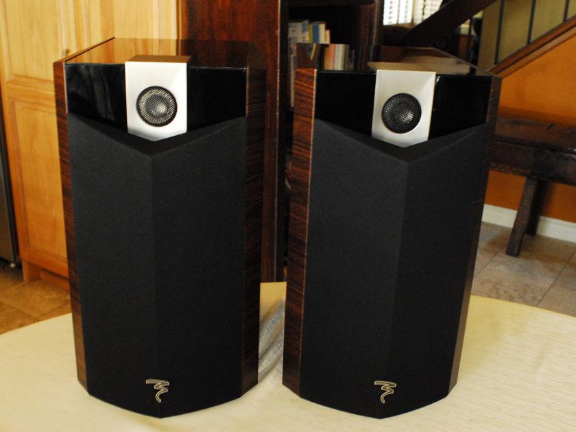 Focal Home Theater System, includes 806V L & R Channels, 800V Center Channel, 800V Active Subwoofer