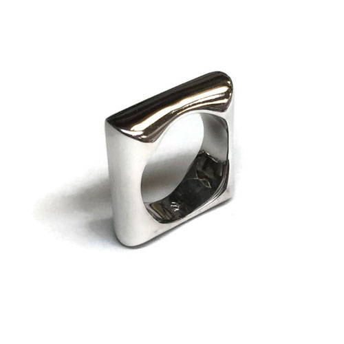 polished and cleaned square ring