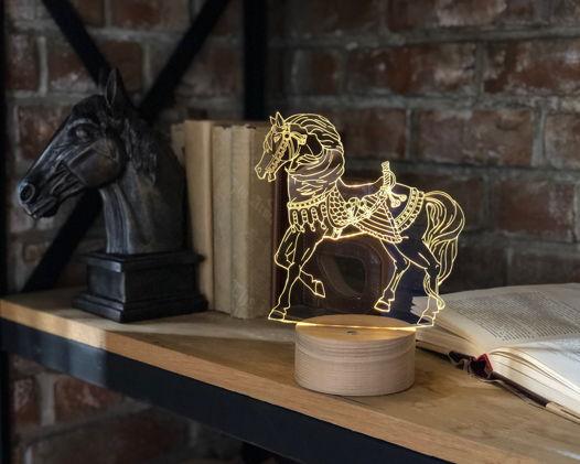 """Ночник """"Лошадь в доспехах"""" (под заказ)"""