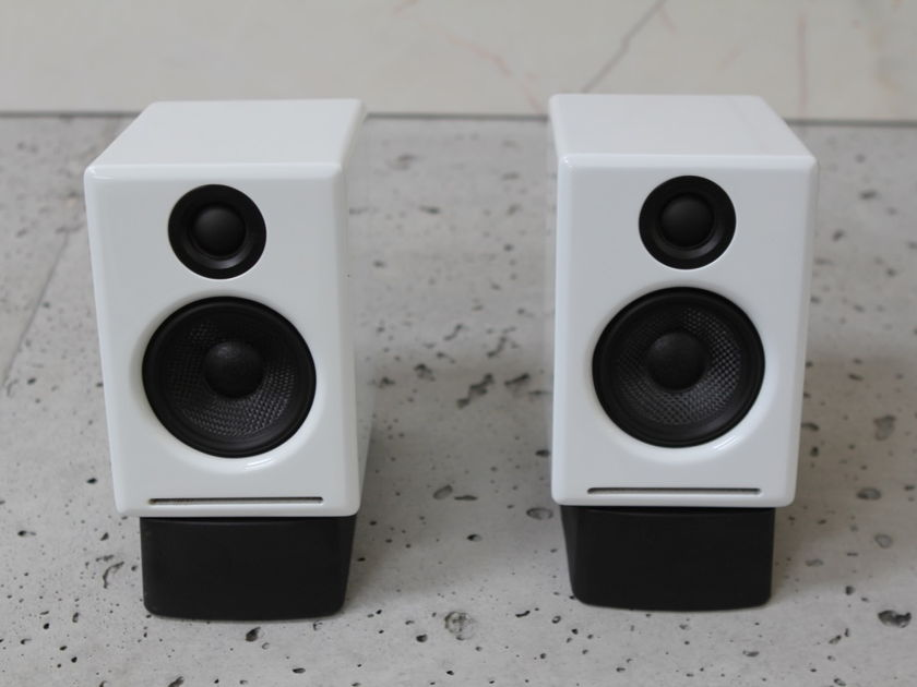 Audio Engine A-2 Desktop Powered Speakers in White w/ Custom Moon Audio and Cryoparts Cables