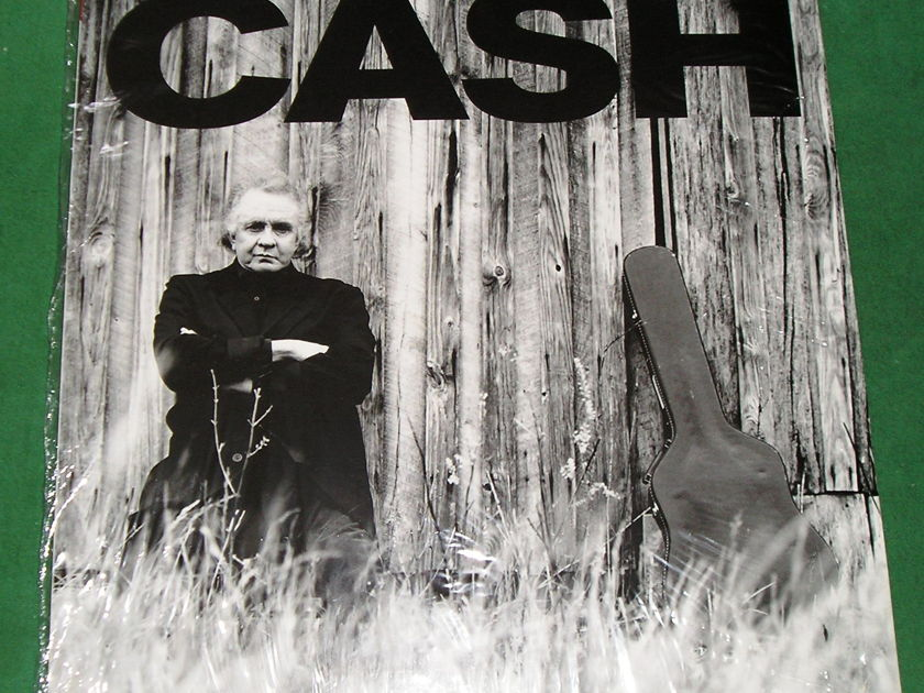 "JOHNNY CASH  ""UNCHAINED"" - UK IMPORT AMERICAN RECORDINGS *** NM 9/10 ***"