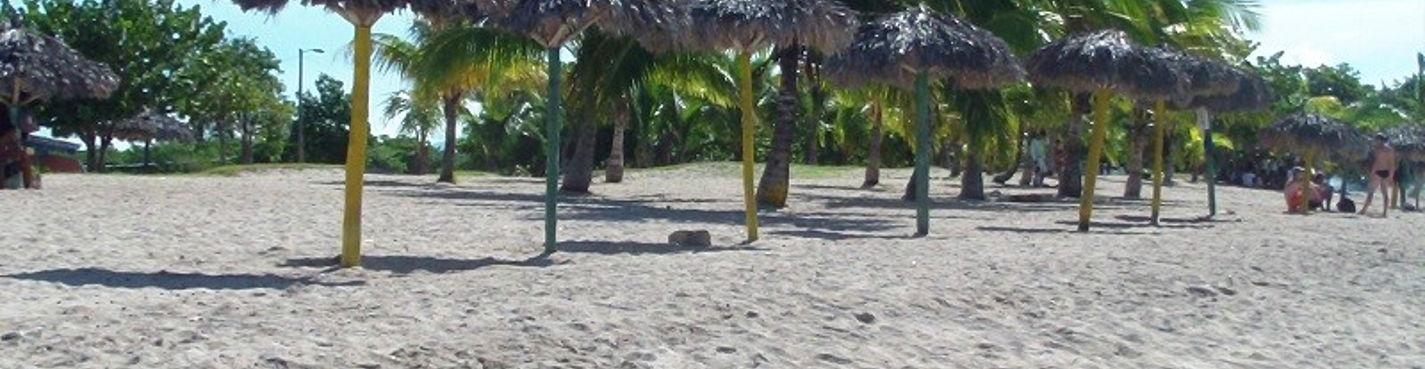 Пляж RANCHO LUNA и Дельфинарий SIENFUEGOS.