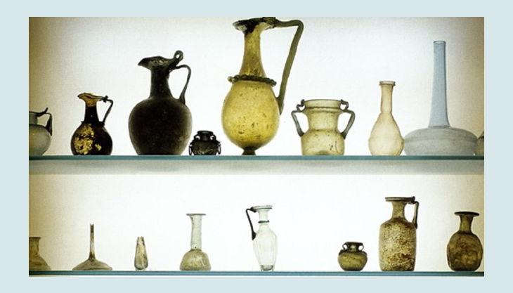 museum für kunst und kulrurgeschichte vasen