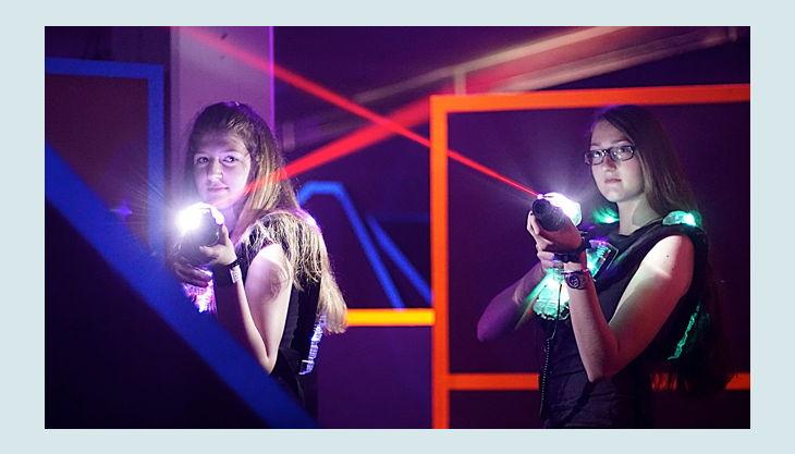 funfabrik lasertag girls