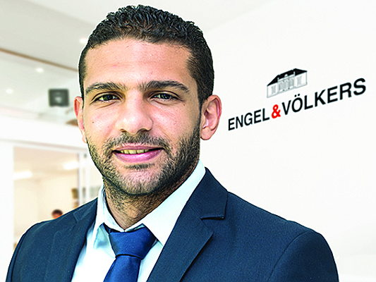 Sintra - Our E&V influencers Davide Borgo and Mohamed Zidan comment on their motivation to work under the Engel & Völkers brand.