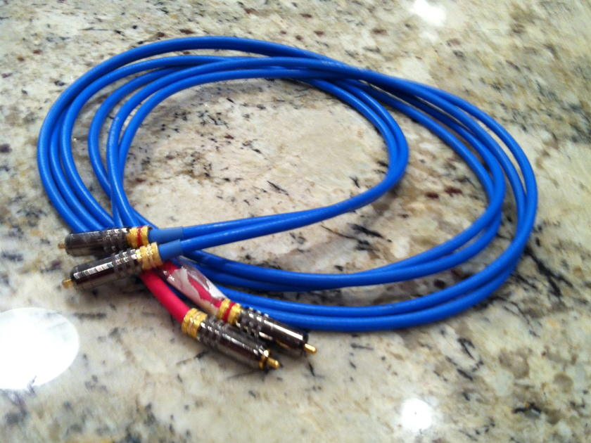 SILTECH  SQ28b RCA Interconnects 8 feet in length