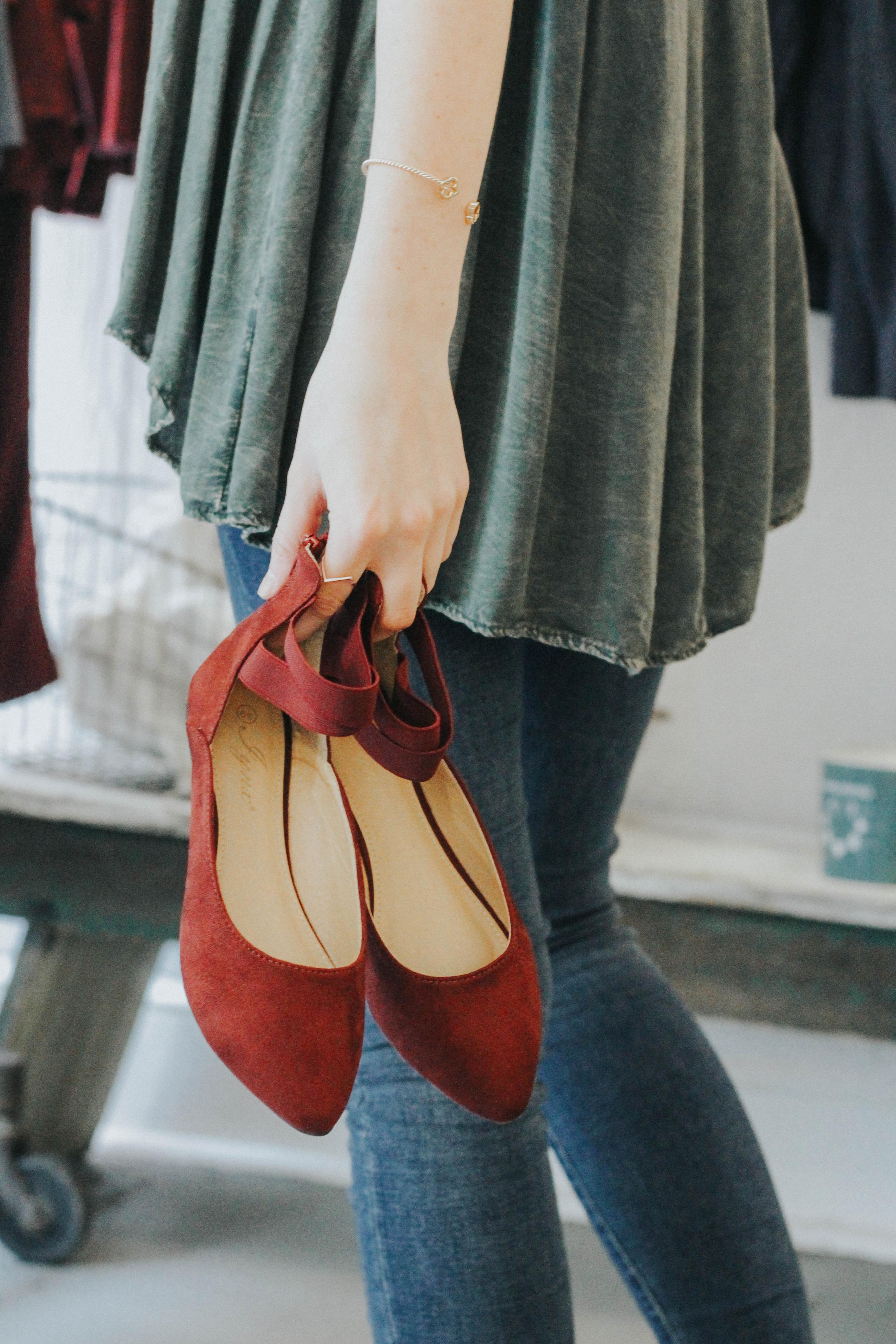 womens-apparel-trendy-shoes-cute-pinterest