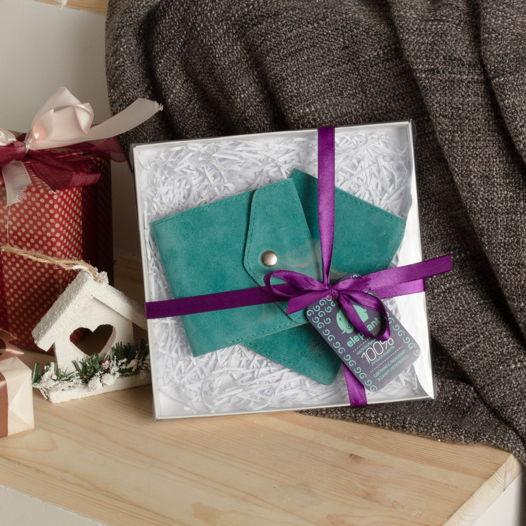 Подарочный  набор из замши бирюзовый (кошелек малый + обложка для паспорта)