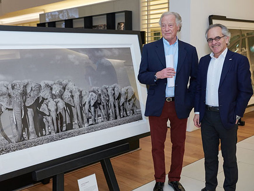 Vilamoura / Algarve - British fine art photographer David Yarrow exhibits exclusive works at Engel & Völkers Headquarters in Hamburg