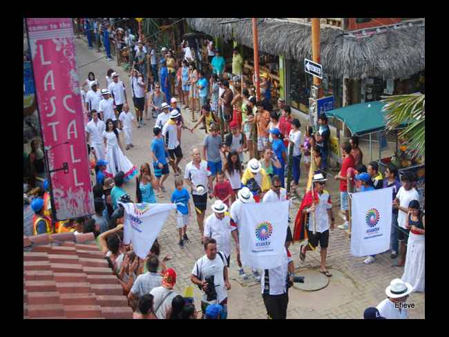 Desfile Mundial de Surf-Montañita