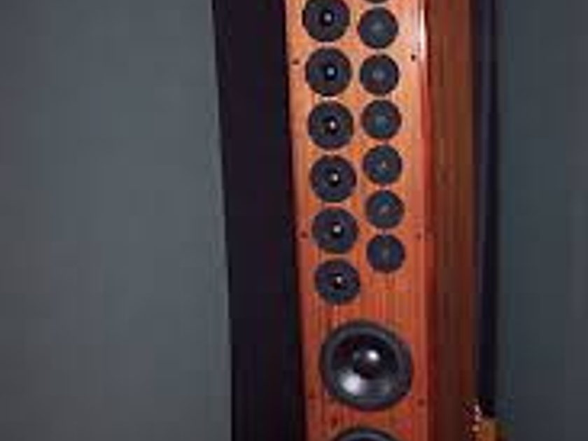 Cello Stradivari Grand Master Reference speakers in Brazilian Rosewood