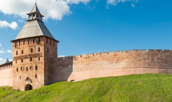 Обзорная экскурсия по Новгородскому Кремлю