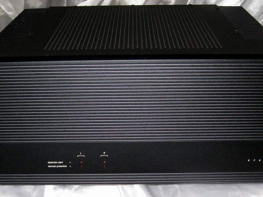Adcom GFA-5500 power amplifier