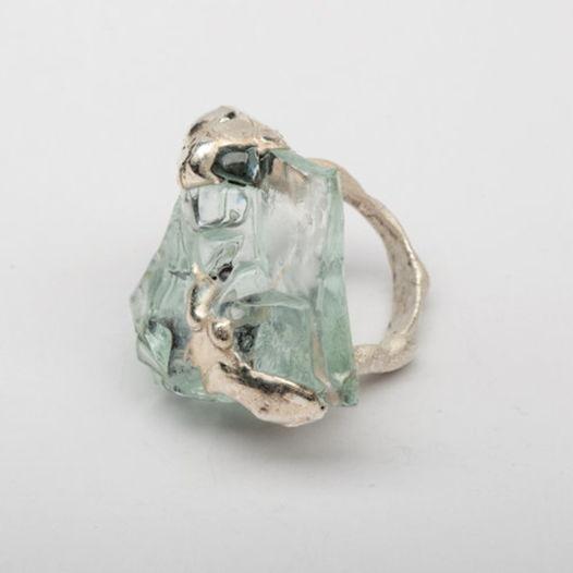 Кольцо из стекла Осколок зимы