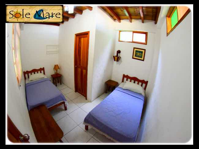 Low prices at the Surf Point !! Hostal Sole Mare-Montañita