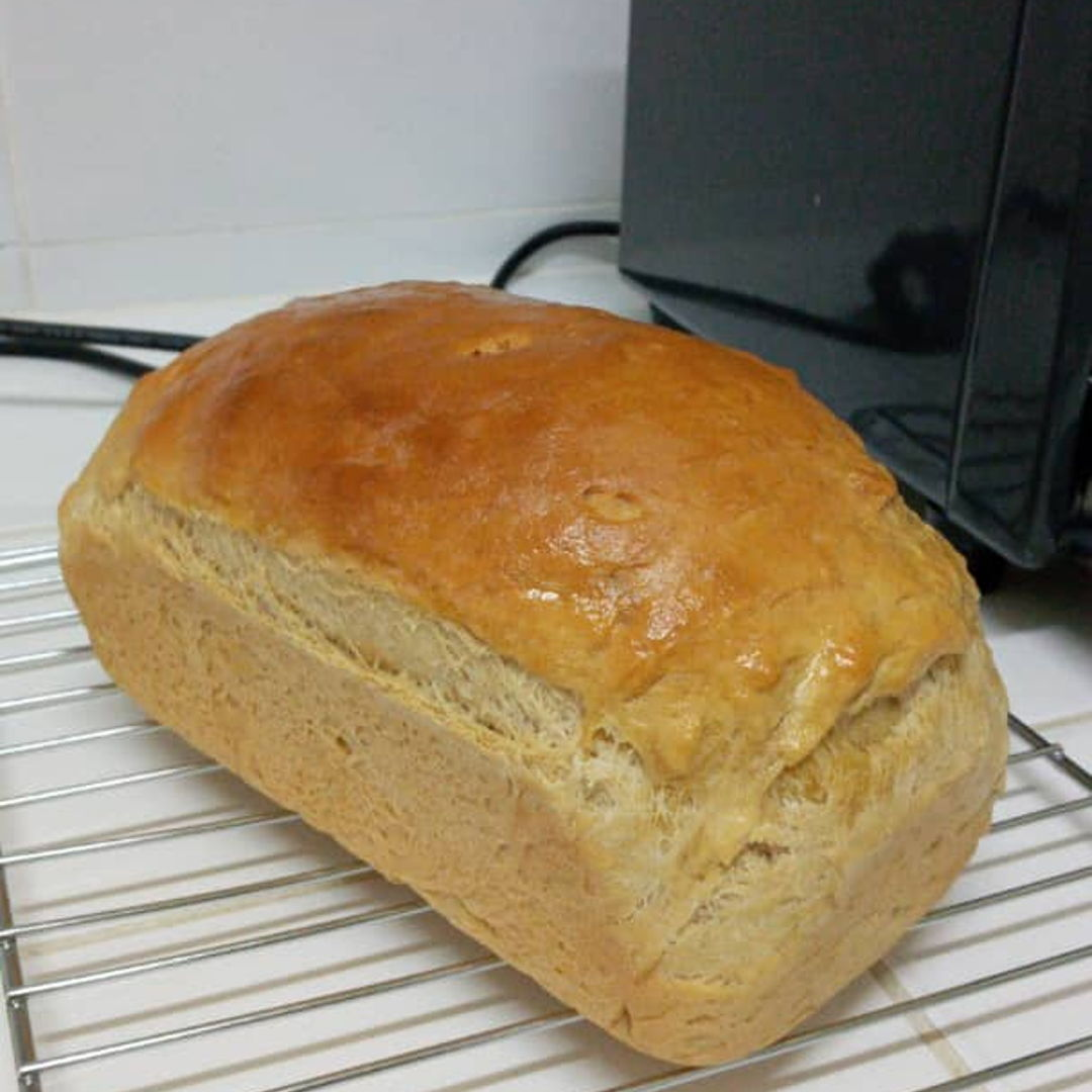 Plain sandwich loaf. Fresh out of the oven ✌🏻😊