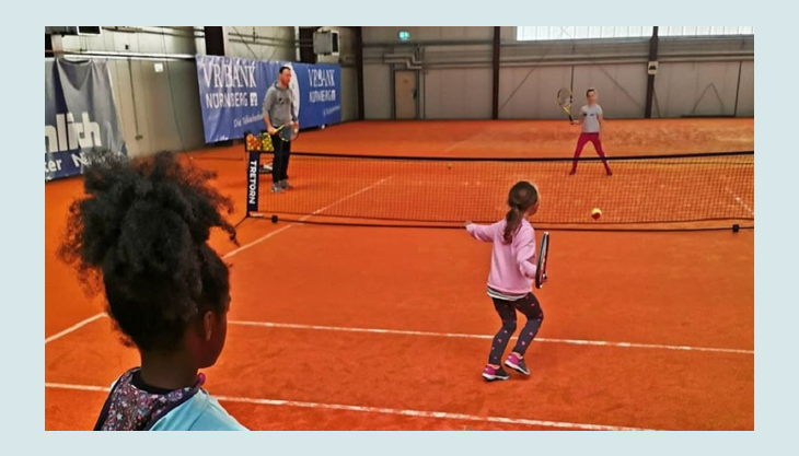 tennisjessen kindergeburtstag spielfeld kinder match duell