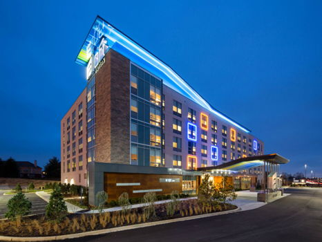 One night stay at Aloft Louisville East