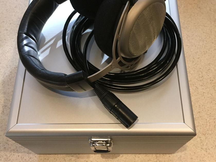 Beyerdynamic T1  1st Gen W/Upgraded balanced Blackdragon cable