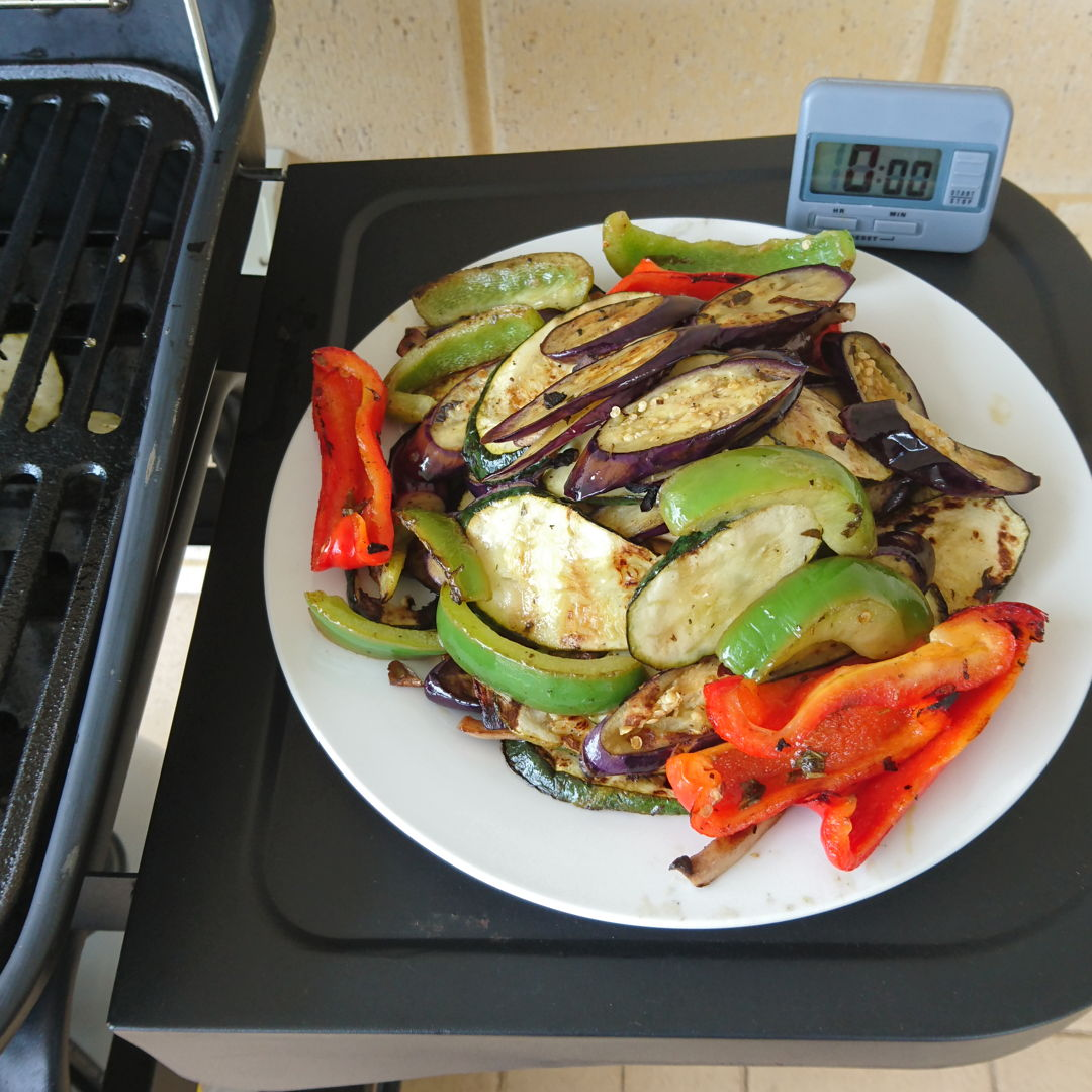 Date: 20 Dec 2019 (Fri) 18th Side: Marinated Grilled Vegetables [149] [129.5%] [Score: 9.0] Today, another barbeque adventure – Marinated Grilled Vegetables. After 3 days of using the barbeque, I feel more comfortable handling it. It is just an alternative method of cooking away from the conventional stove with different set of rules of course :).
