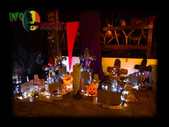 Halloween in Montanita-Montañita
